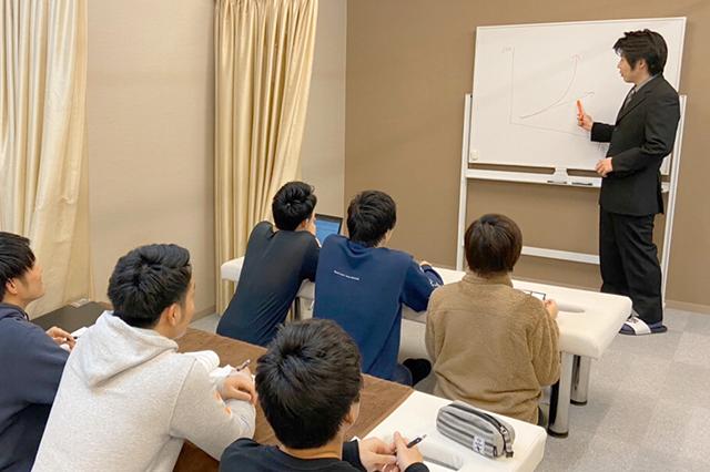1. 他院の院長に講習を行う高い技術力